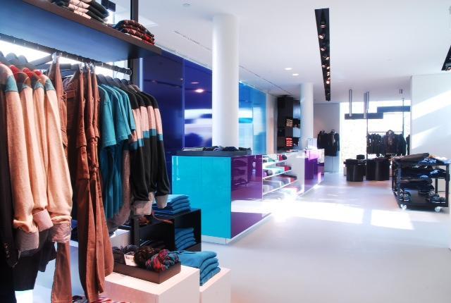 Espositori metallici per negozi